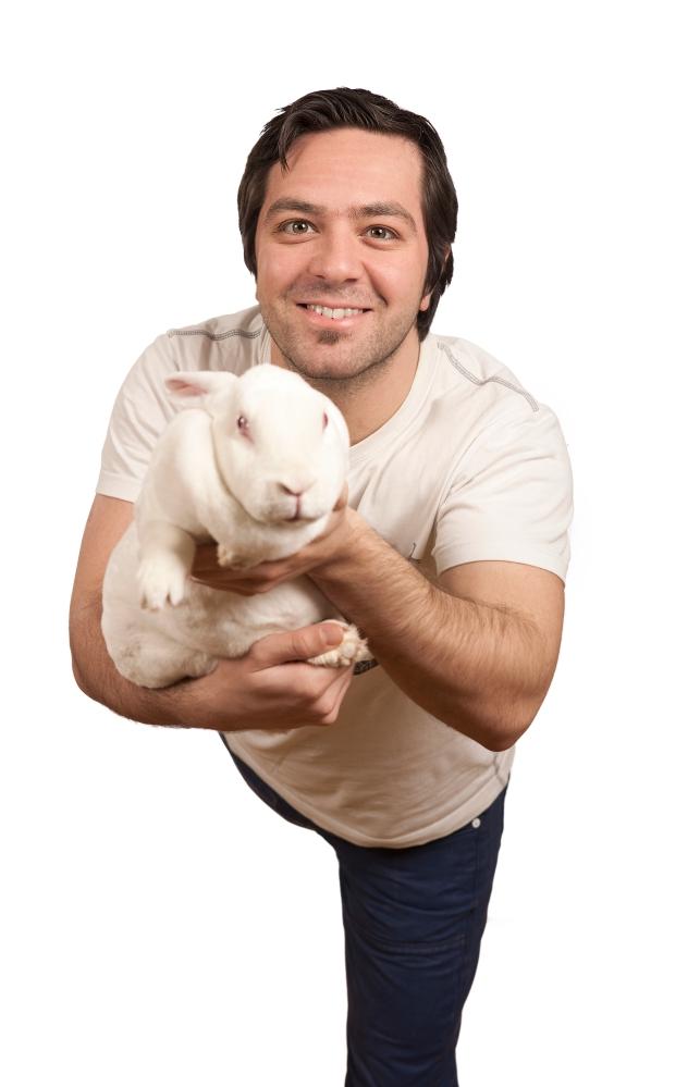 Om utøverne i White Rabbit, Red Rabbit (2/6)