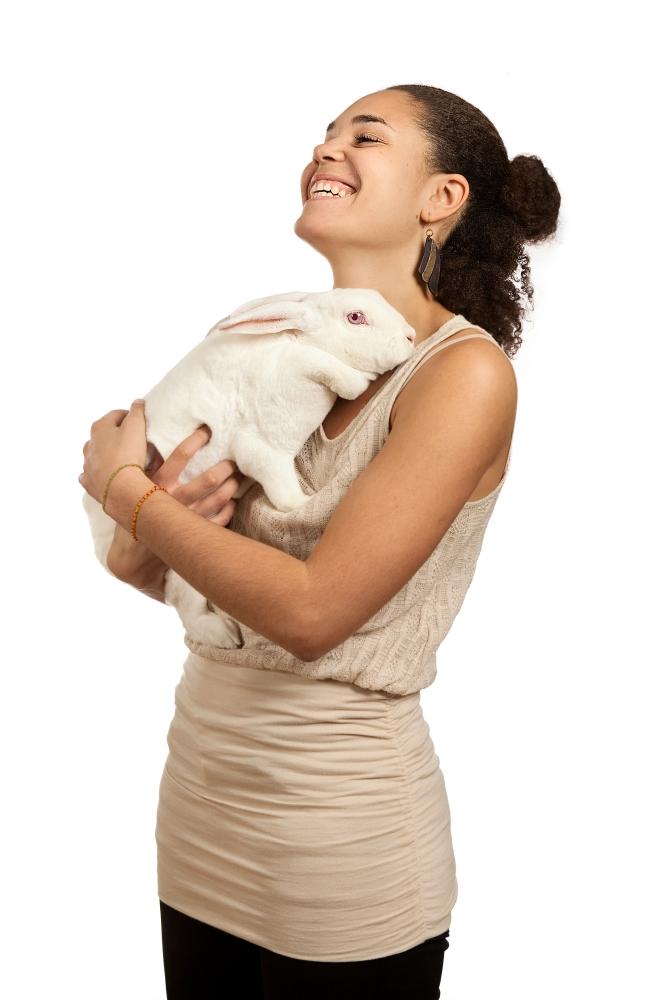 Om utøverne i White Rabbit, Red Rabbit (4/6)